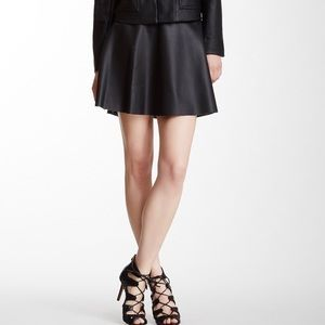 NWT Vince Camuto Faux Leather Flare Skirt Black 2